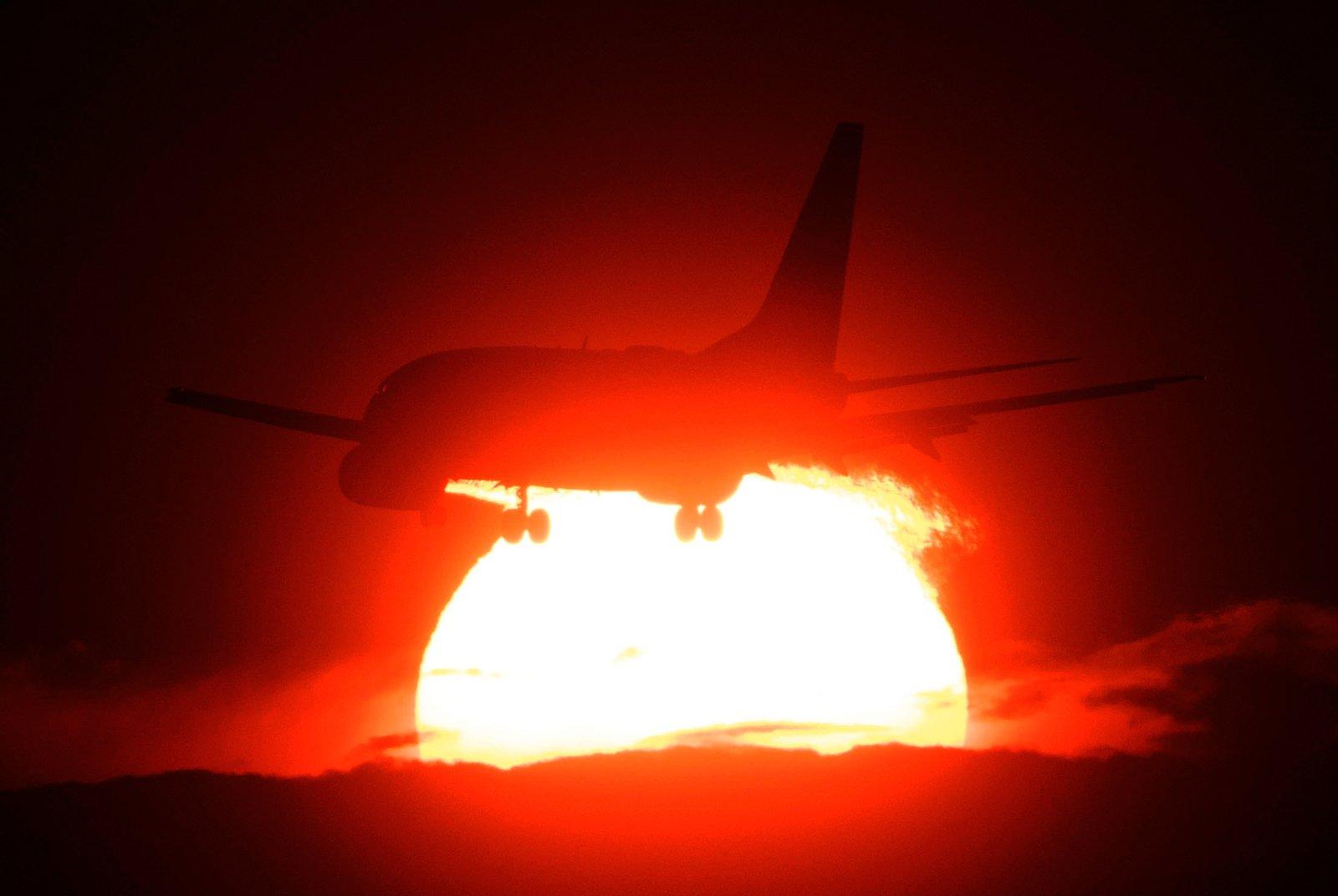 Jet Sunset